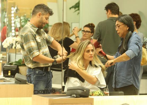 beleza-blog-das-convidadas-manuella-menezas-corte-de-cabelo-juliana-silveira-beauty-editor