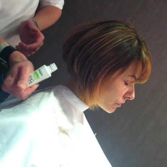 beleza-cabelo-corte-e-styling-cabeleireiro-tiago-parente-atriz-bianca-rinaldi-corte-de-cabelo-beauty-editor-1