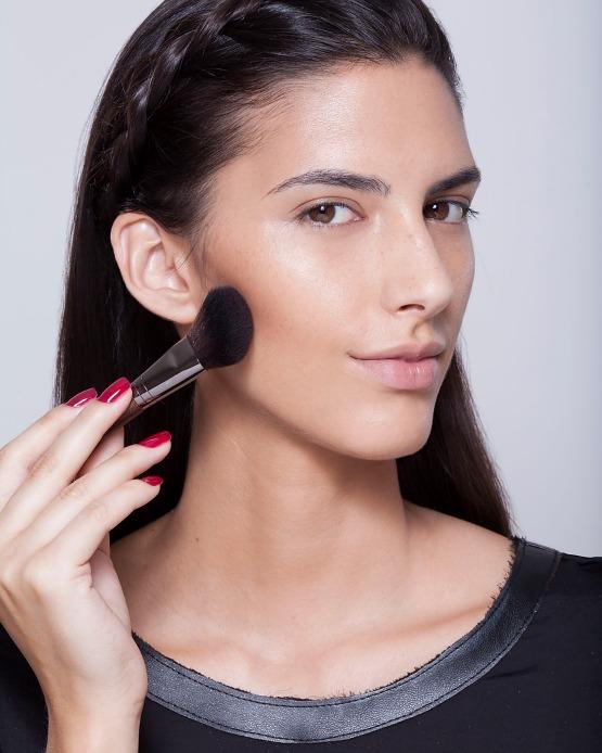 beleza-beauty-editor-maquiagem-como-fazer-passo-a-passo-pele-iluminada-bronzant
