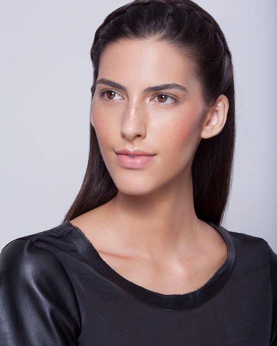 beleza-beauty-editor-maquiagem-como-fazer-passo-a-passo-pele-iluminada-iluminador-pele-look-completo