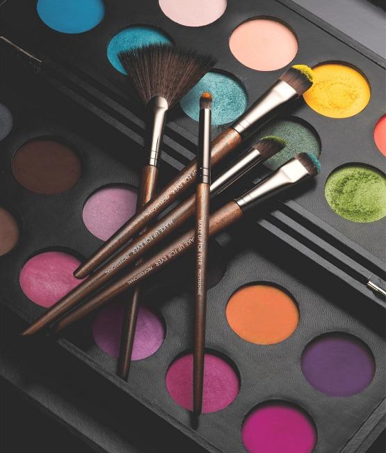 beleza-beauty-editor-acontece-pinceis-para-maquiagem-make-up-for-ever-chegam-ao-brasil