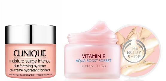 Moisture Surge, da Clinique (aqui na sua versão para peles secas) e Aquaboost Sorbet, da The Body Shop: géis-cremes deliciosamente refrescantes – e super-hidratantes.