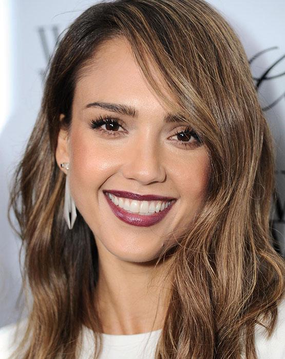 beleza-beauty-editor-mc-investiga-maquiagem-e-cabelo-para-noivas-atriz-Jessica-Alba