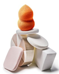 Esponjas de maquiagem: como – e porque – usar estes acessórios