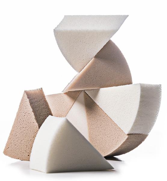 Triangulares, da Belliz – boas para atingir os cantinhos.