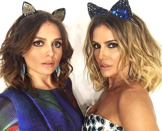 Monica Iozzi e Deborah Secco prontas para a Marquês de Sapucaí: glitter mais concentrado no canto interno do olho (dourado para Monica, azul para Deborah).