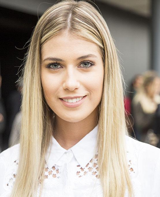 beleza-beauty-editor-acontece-beauty-looks-spfw-inverno-2017-street-style-dia-3-maria-eduarda-kern