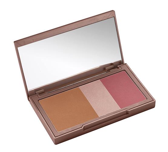 beleza-beauty-editor-cores-e-tendencias-paletas-de-maquiagem-contorno-iluminador-e-blush-urban-decay-naked-flush