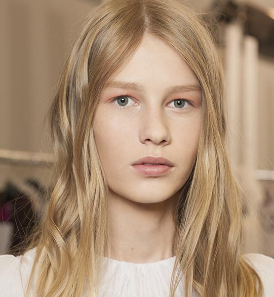 beleza-beauty-editor-acontece-maquiagem-para-olhos-peter-philips-dior-desfile-couture-julho-2015