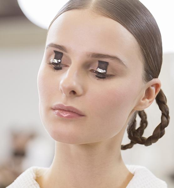 beleza-beauty-editor-acontece-maquiagem-para-olhos-peter-philips-dior-desfile-pre-fall-2015