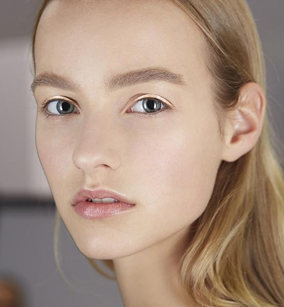 beleza-beauty-editor-acontece-maquiagem-para-olhos-peter-philips-dior-desfile-primavera-verao-2015