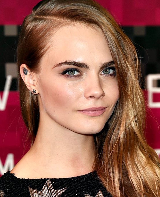 3-beleza-beauty-editor-perfect-look-cara-delevingne-2015-mtv-video-music-awards-at-microsoft-theater-in-los-angeles-agosto-2015