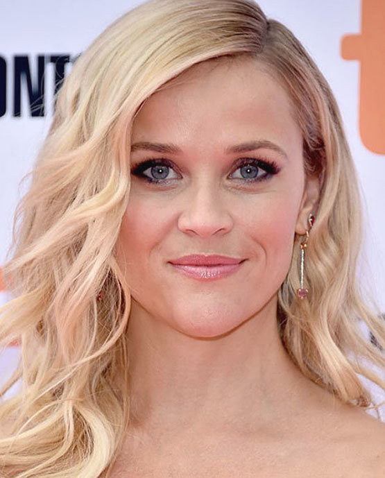 6-beleza-beauty-editor-acontece-sete-looks-com-reese-witherspoon-sing-premiere-at-toronto-international-film-festival-2016