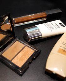 Presentes de beleza para mães negras: maquiagem e tratamento de pele
