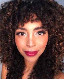Maquiagem para morenas e negras: pele iluminada e outros truques