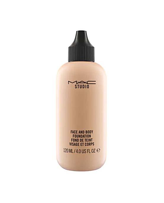 """base de maquiagem MAC Cosmetics Face and Body"""