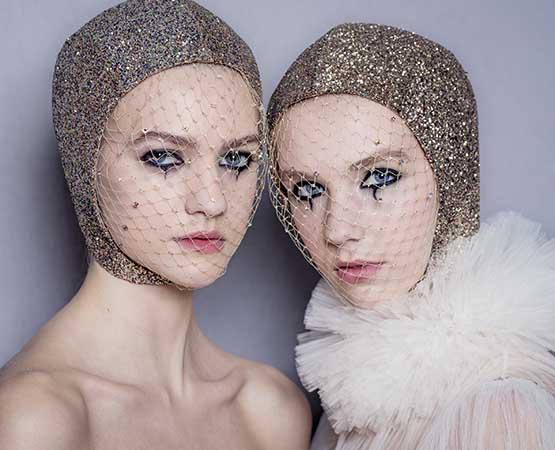 Olho com delineador no desfile Dior Alta Costura 2019
