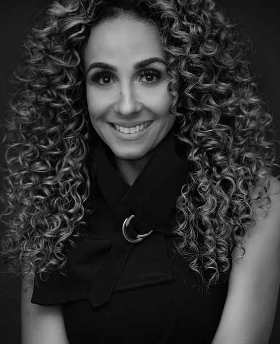 Maquiadora paraibana Katia Freire