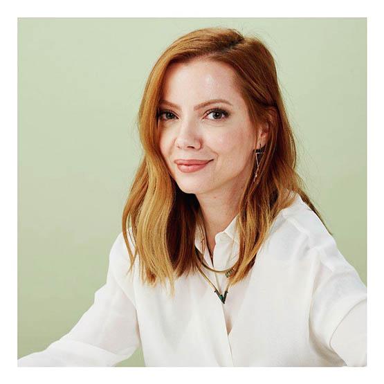 blogueira Julia Petit lança marca de beleza