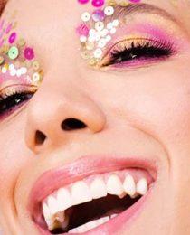 Maquiagem para Carnaval: como fazer um look de beleza para baile ou bloco