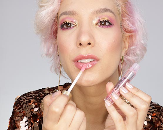 Gloss labial efeito volume Too Faced Lip Injection