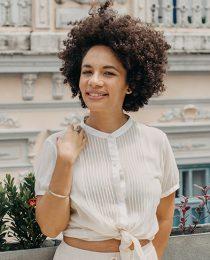 Cosmética natural com Mona Soares: a história da Ewé Alquimias e dicas