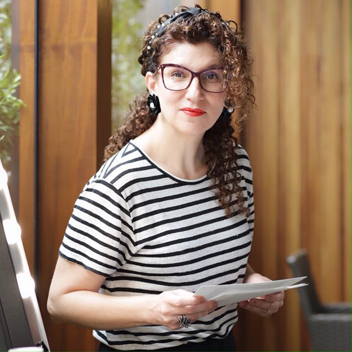 Maria Cecília Prado jornalista palestrante expert beleza