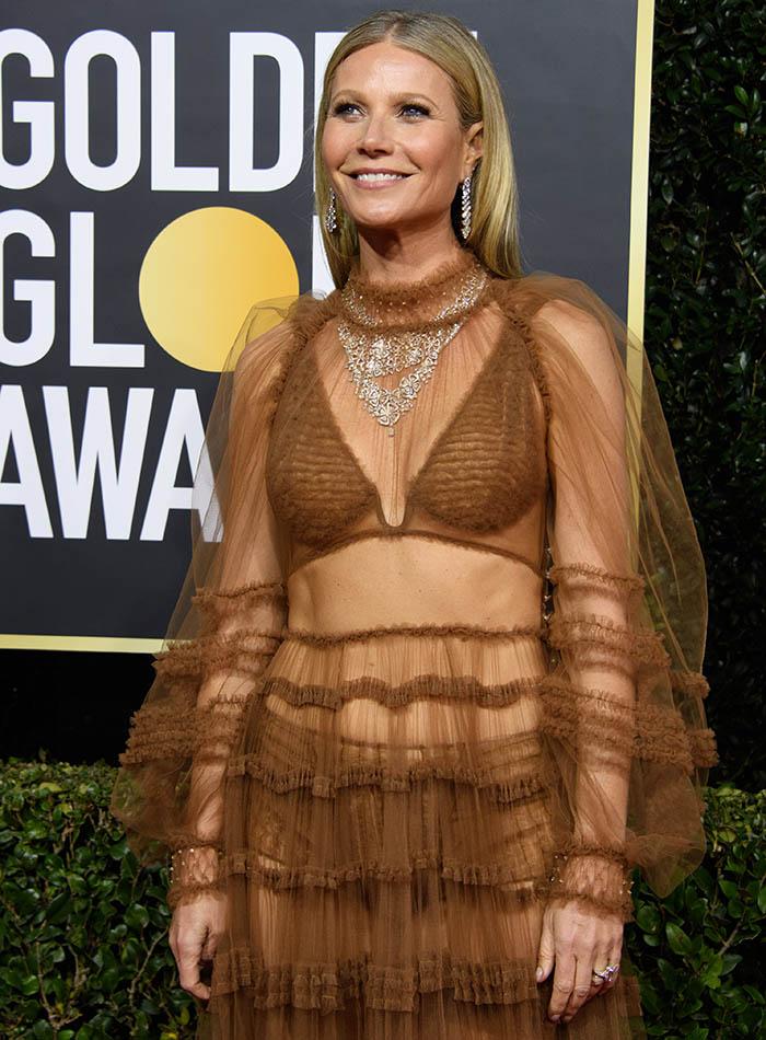 Gwyneth Paltrow exibe barriga sarada nos Golden Globes 2020
