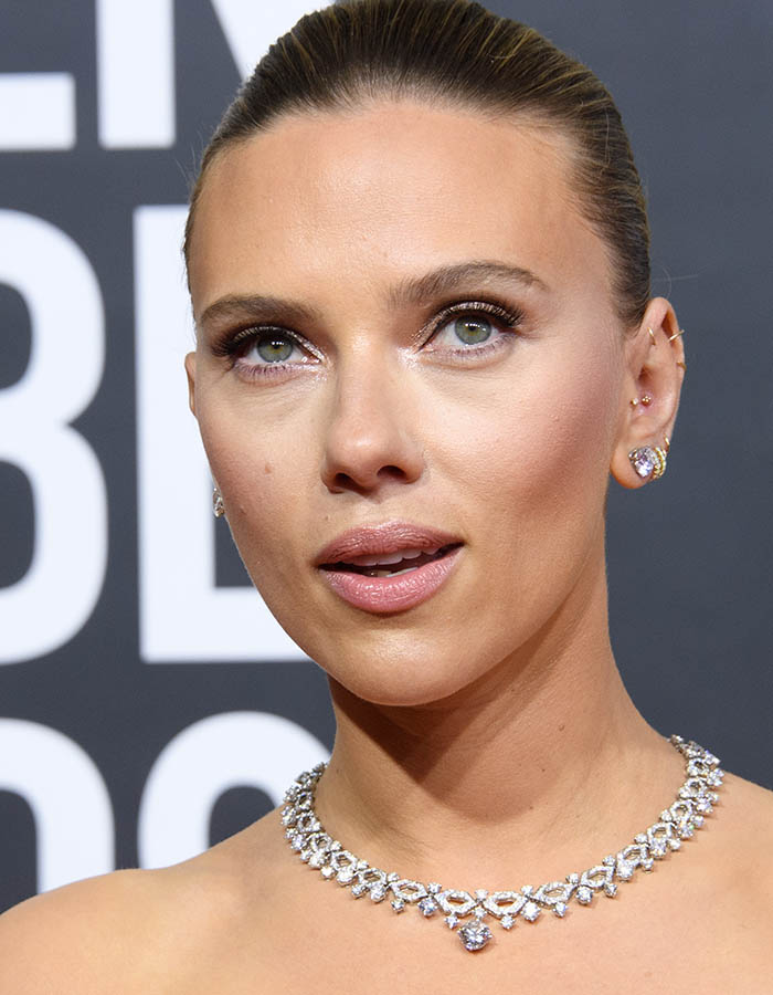 Scarlett Johansson maquiagem nude Golden Globes
