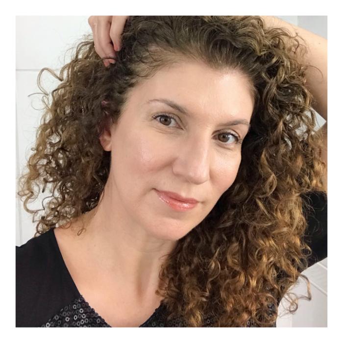 Expert em beleza Maria Cecília Prado