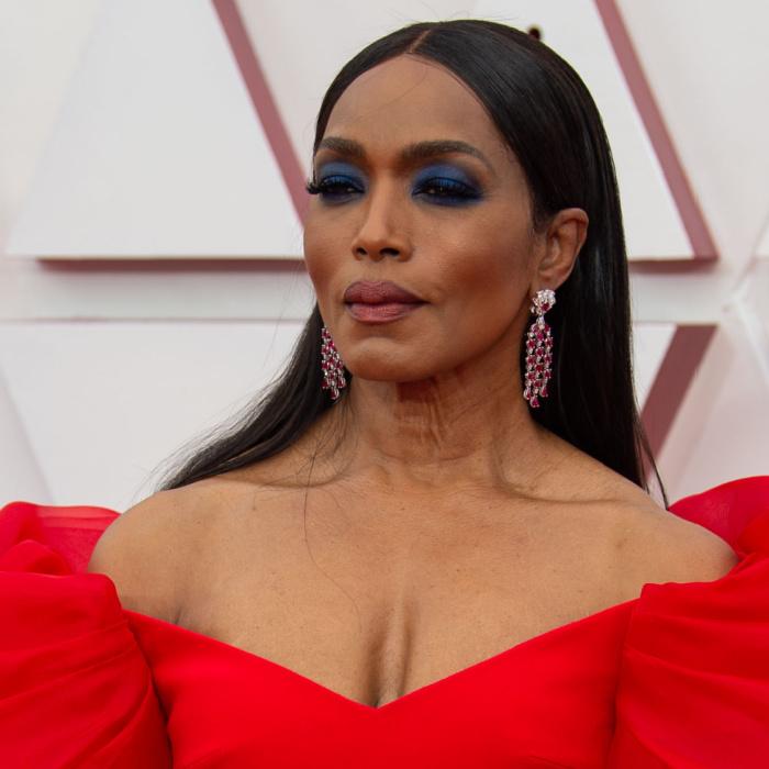 Melhores maquiagens do Oscar 2021 Angela Bassett